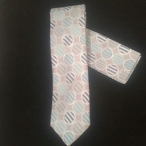 MEN'S STACY ADAMS TIE AND POCKET SQUARE